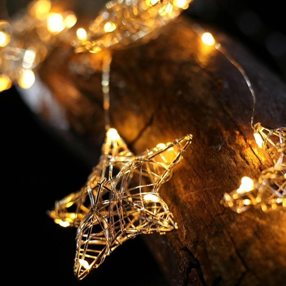 DecoKing LED svetelná reťaz so 4 závesmi v tvare hviezdičiek DecoKing Stars, 38 svetielok, dĺžka 0,75 m